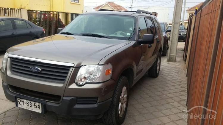 2007 Ford EXPLORER XLS 4.0 AT